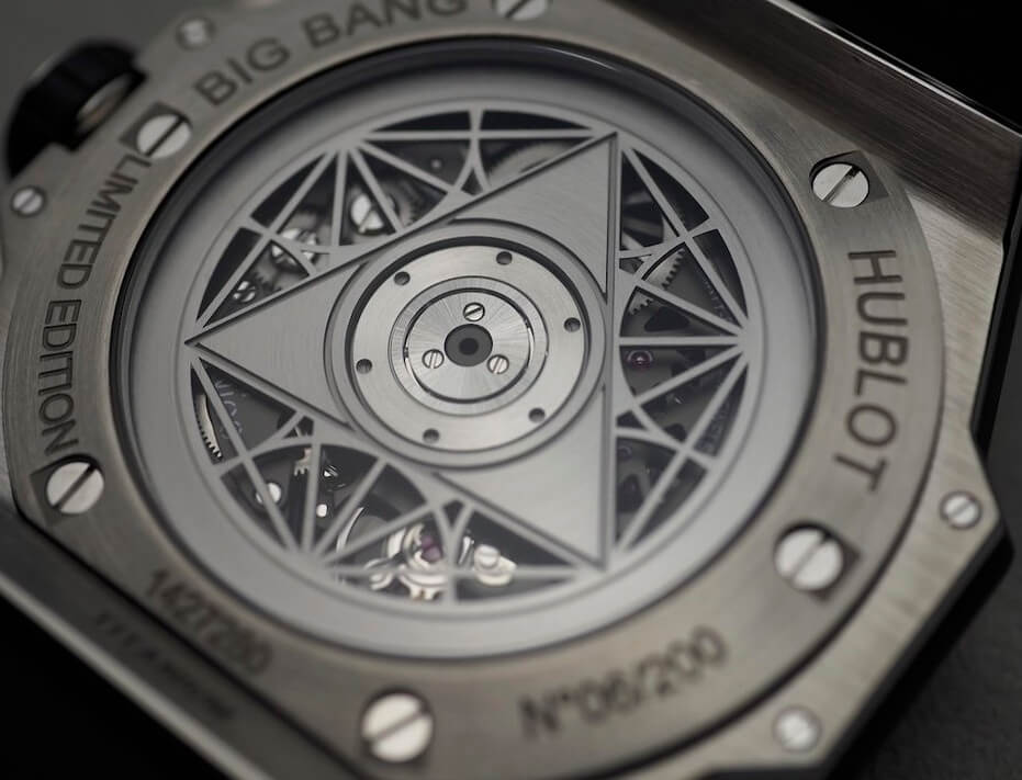 Case back Of replica Hublot Big Bang Sang Bleu II