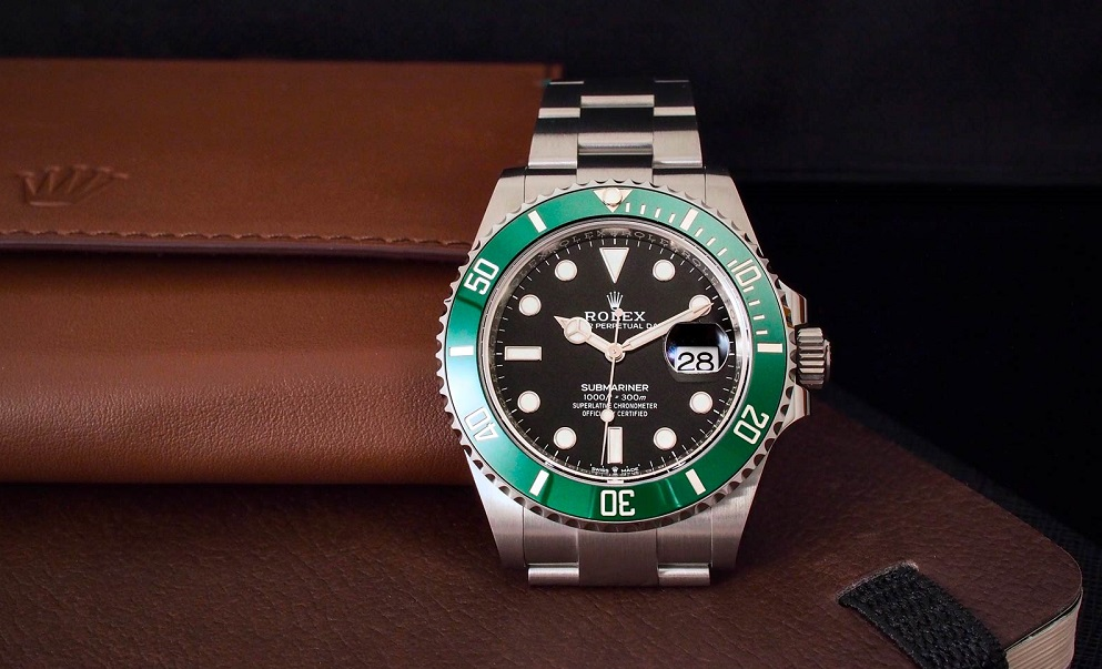 Submariner 126610LV perfect fake Rolex watches